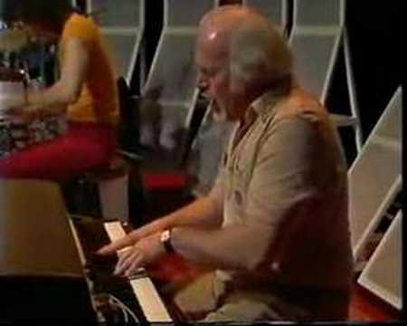 Morrissey Mullen Band - Slipstream - YouTube