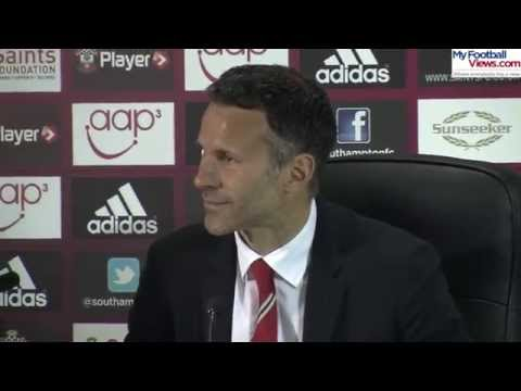 Ryan Giggs Asks Reporters to Turn off Manchester City Title Celebrations