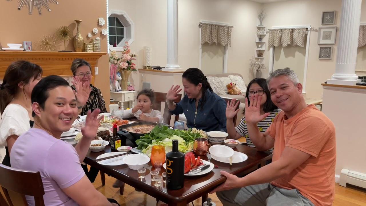 BTB 267:: Cả nhà chịu thua với tài uống rượu của Mr Đạt trong ngày Lể Tạ Ơn