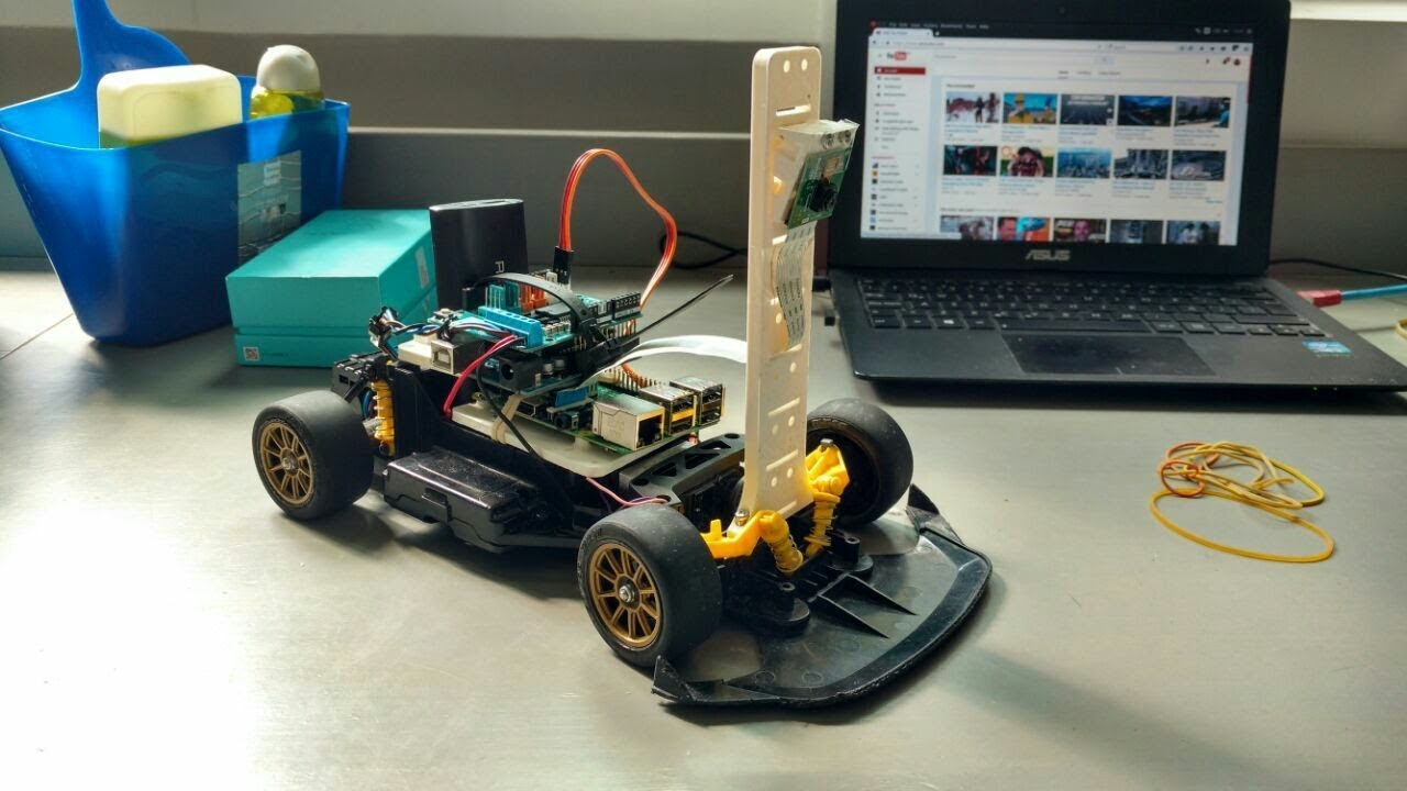 Autonomous Racing Robot With an Arduino, a Raspberry Pi and a Pi Camera