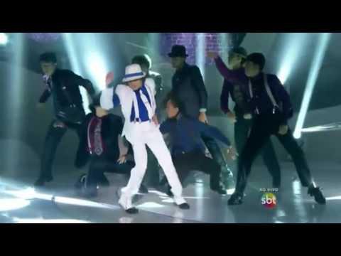 Pedro Henrique no Dance se Puder interpretando Michael Jackson - Smooth Criminal