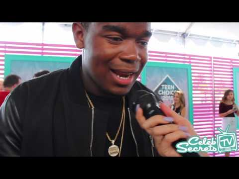 Dexter Darden Interview | TEEN CHOICE 2016