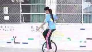 單輪車教學-扶牆行走