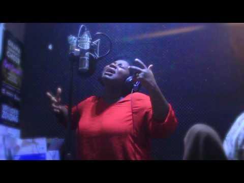 Evelyn Amo - Daadaa Nyinaa (Stella Seal cover)