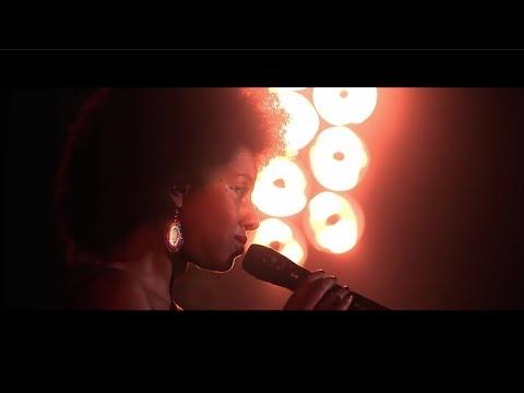 Chinese Man ft. Mariama - Stone Cold (Live@Zenith de Paris)