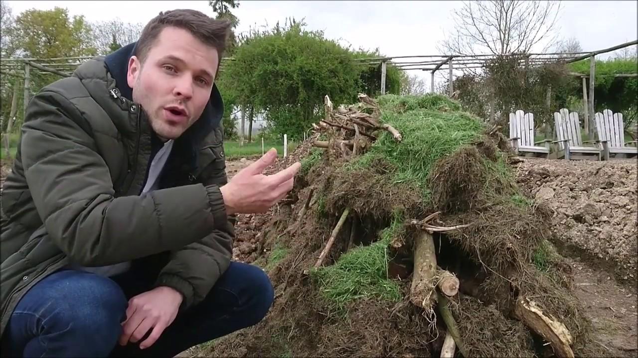 Permaculture culture sur butte le jardin des curieux youtube for Culture permaculture