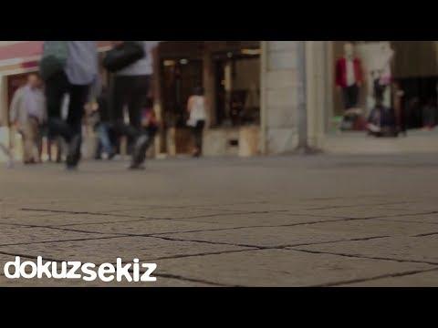 Ezginin Günlüğü - Herkes Gibisin Türkçe Şarkı Sözleri
