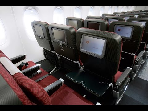 [NEW QF30 review] Qantas ECONOMY CLASS Hong Kong to Melbourne on B747-400ER (Olympics livery)