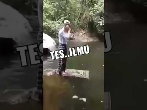 Video Lucu Kocak Sholat Di Atas Air