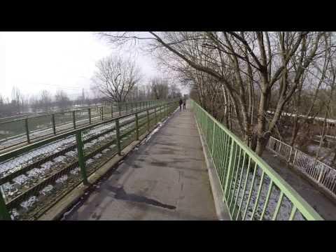 Budapest - Crossing the river Danube via 'North train bridge'