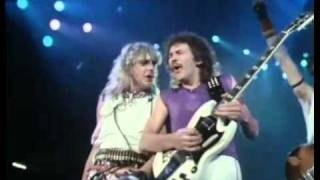 Saxon Play It Loud Live