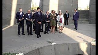 Կանադայի վարչապետը այցելել է Ծիծեռնակաբերդի հուշահամալիր