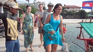 Boat trip to Rong Sonleum Island in Cambodia