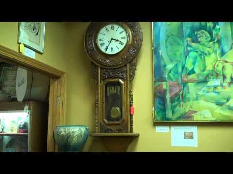 Collector's Corner Antiques Mall in Wilmette, IL.mp4