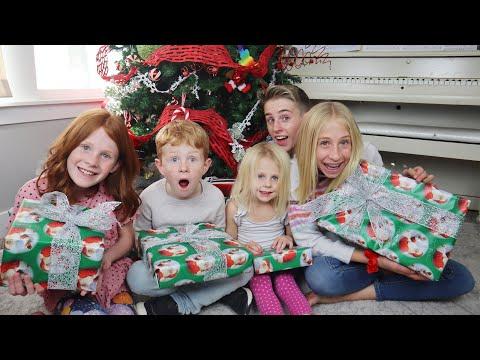 Christmas Sibling Gift Exchange