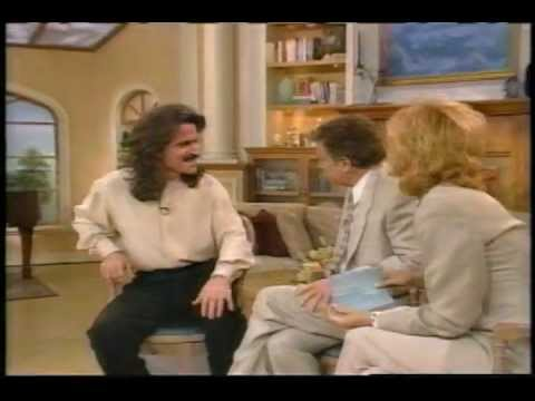 YANNI   with Regis & Kathie Lee  In The Mirror July 7, 1995