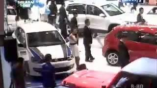 Video TAWON Vs ESEMKA Mobil Murah INDONESIA   ©Trans7 30 oktober 2013 download MP3, 3GP, MP4, WEBM, AVI, FLV Juni 2018