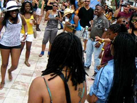 South Africa gets it in S.A. Invasion pool party WMC2010