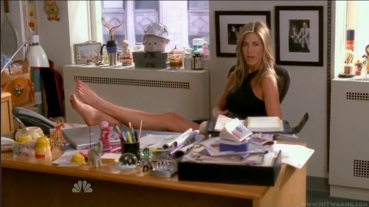 Jennifer aniston shows her nude body and enjoys hard cocks