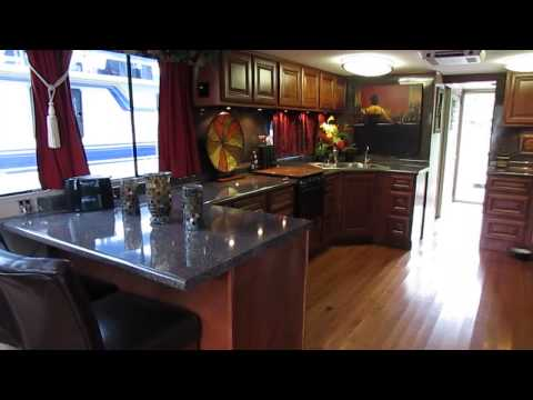 houseboat-for-sale-$62,500-dale-hollow-lake-totally-remodeled-14-x-52