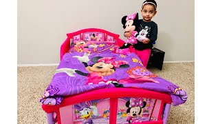 Disney Minnie Mouse- Delta Children Plastic Toddler Bed Review