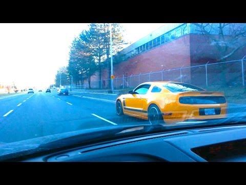 Mustang BOSS 302 Insane Exhaust (LOUD)