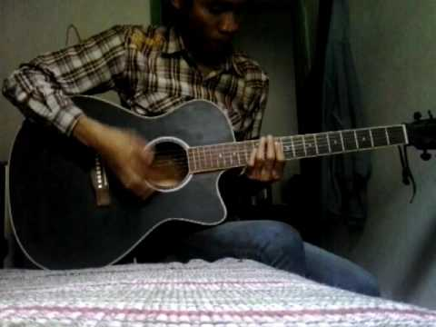 Muse hyteria cover acoustic :D