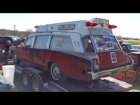 1970 Pontiac Bonneville ambulance - YouTube