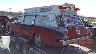 1970 Pontiac Bonneville ambulance