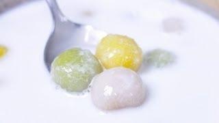 [thai Dessert] Three Colour Rice Flour Balls In Coconut Milk (bua Loy Sam See)