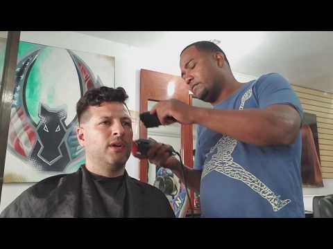 Haircut and shave in the Dominican Republic only $500 pesos -  RICH TV LIVE