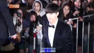 원빈_20111017_대종상레드카펫_스팟TV.flv