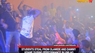 UNILAG STUDENT STEALS FROM OLAMIDE AND DAMMY KRANE DURING PERFORMANCE IN UNILAG