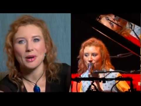 Tori Amos interview on 'Scarlet's Walk' tour, 2003