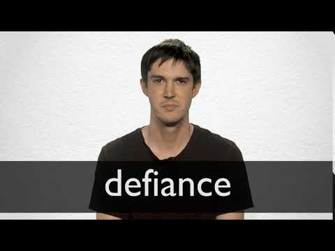 How to pronounce DEFIANCE in British English