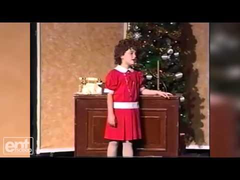 8 Year Old Ariana Grande as Annie!