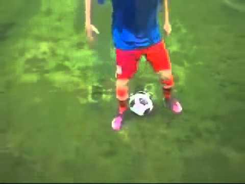 Dạy đá bóng ở Hà Nội   Bài tập cảm giác bóng 01   lopbongda