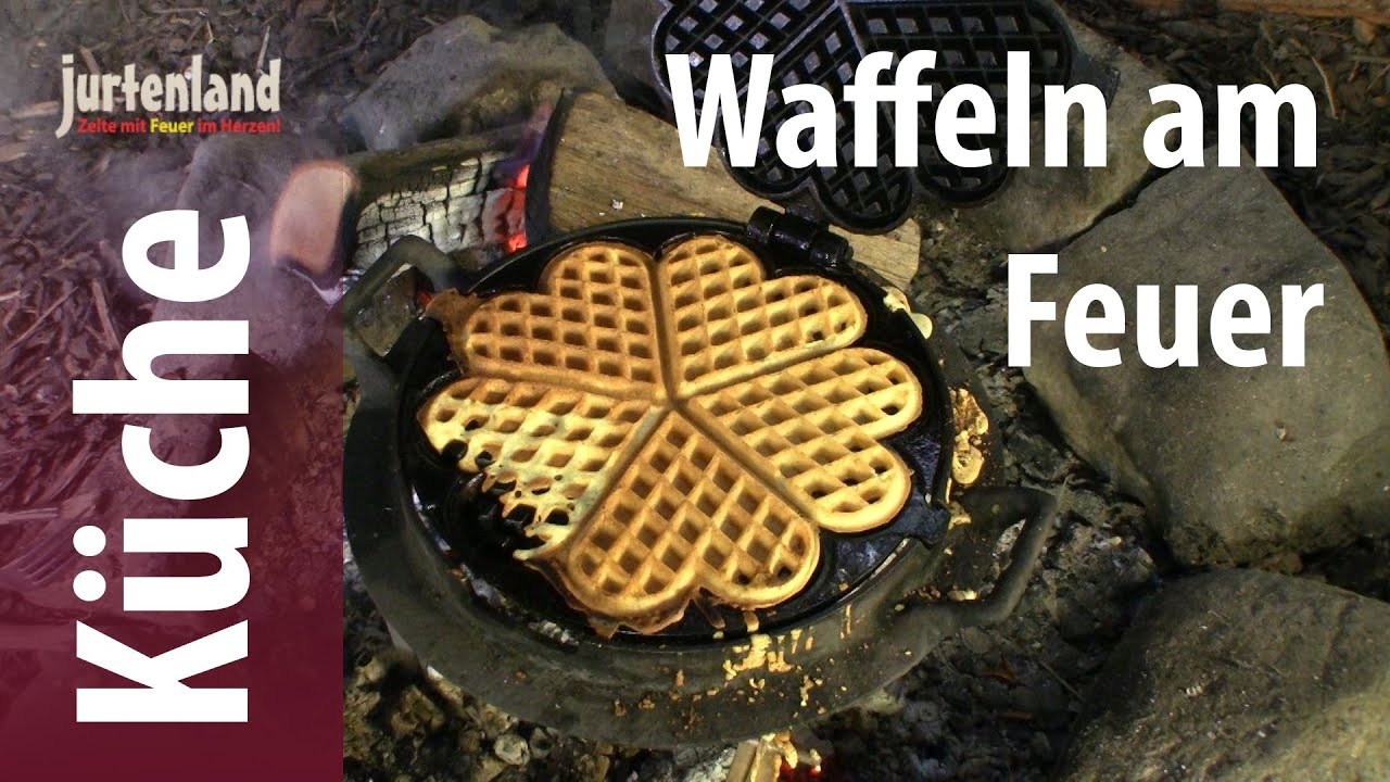 kochen am lagerfeuer waffeln mit dem waffeleisen. Black Bedroom Furniture Sets. Home Design Ideas