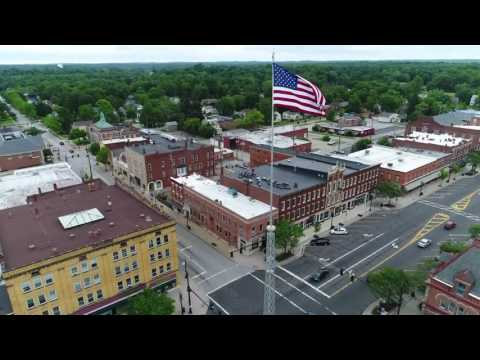 Ravenna, Ohio Courthouse & Flagpole 4K HD Drone