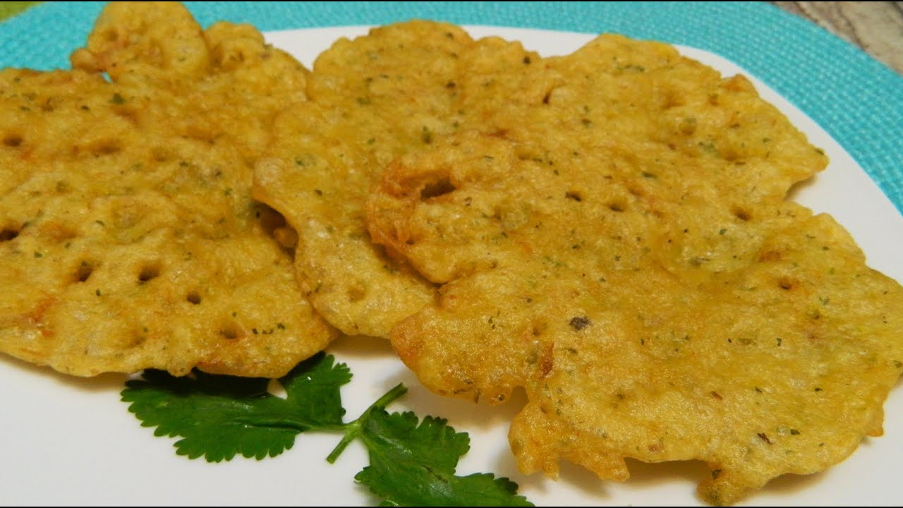 How to make bacalaitos or codfish fritters youtube for Cod fish fritters