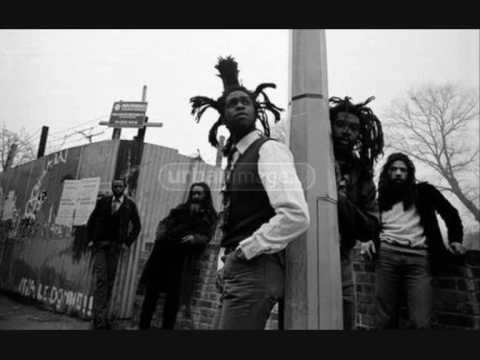 Steel Pulse - Babaylon Makes The Rules/Devil's Disciples [12' Version]