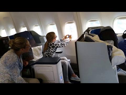 KLM 747 Business Class take off. Ams-Curaçao. PH-BFL. Heerlijk geluid van de motoren.
