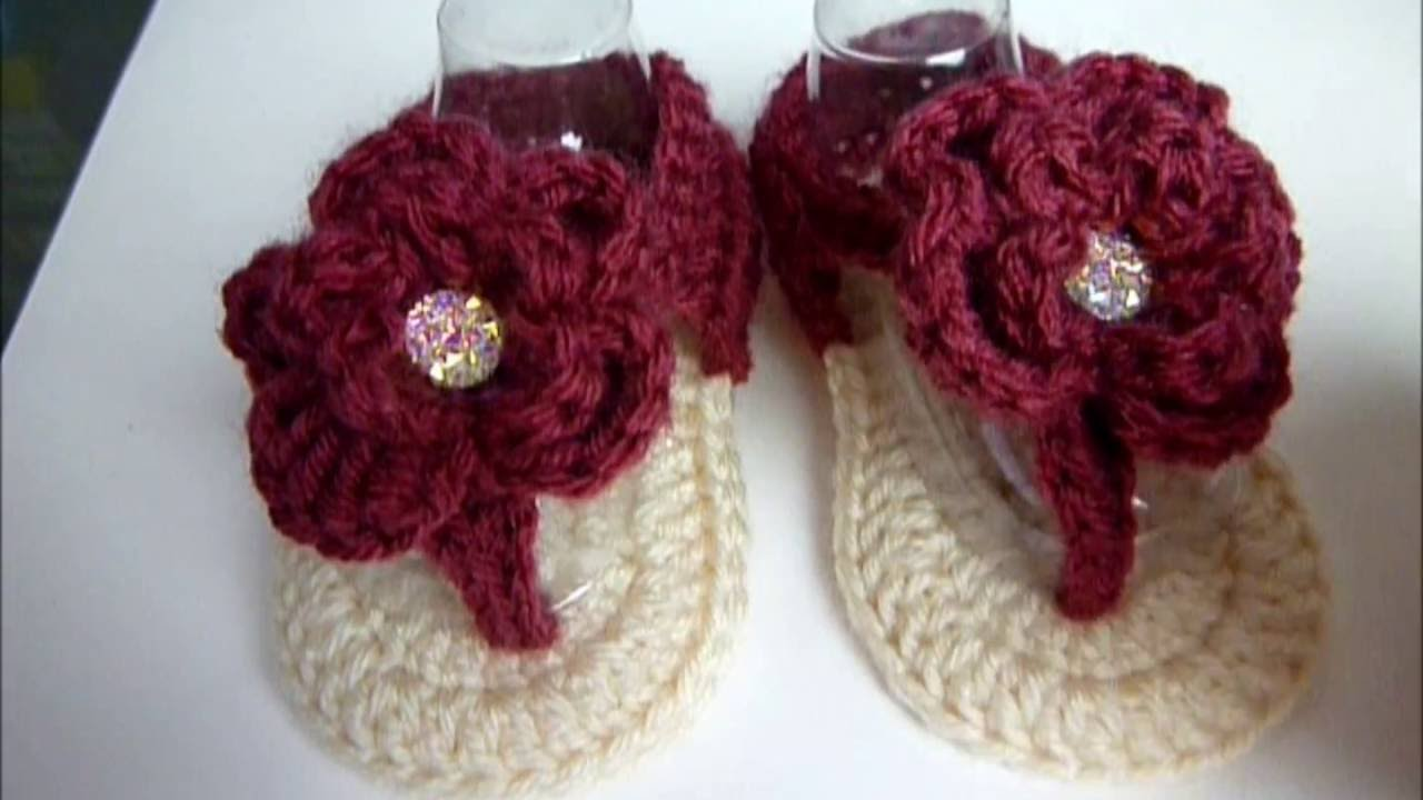 135d988470f9 Crochet baby Girl Flower Sandals 3-6 months - Video Tutorial - YouTube