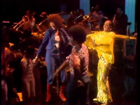The Midnight Special 1976 - 14 - Diana Ross - Love Hangover