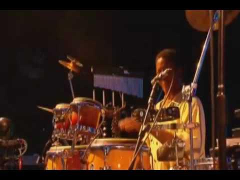 Stevie Wonder @ Glastonbury 2010 - 5. Higher Ground & Don