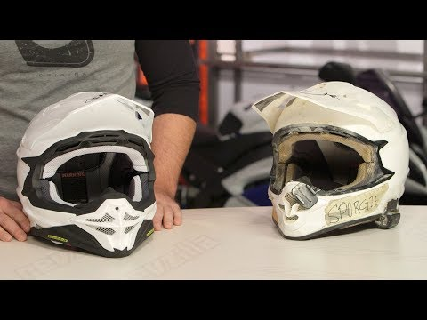 Thumbnail for Shoei VFX-EVO Helmet Review