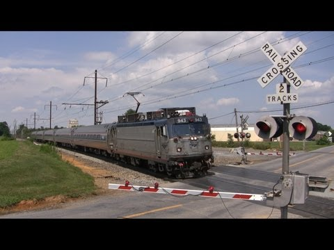 Thumbnail: Farewell Crossings on the Amtrak Keystone Corridor