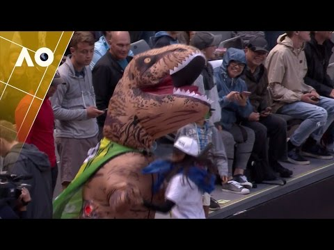 Dancing Dino steals the show at Hisense Arena | Australian Open 2017