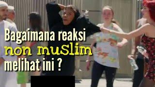 Mengganggu pasangan muslim di jalanan kota | eksperimen sosial