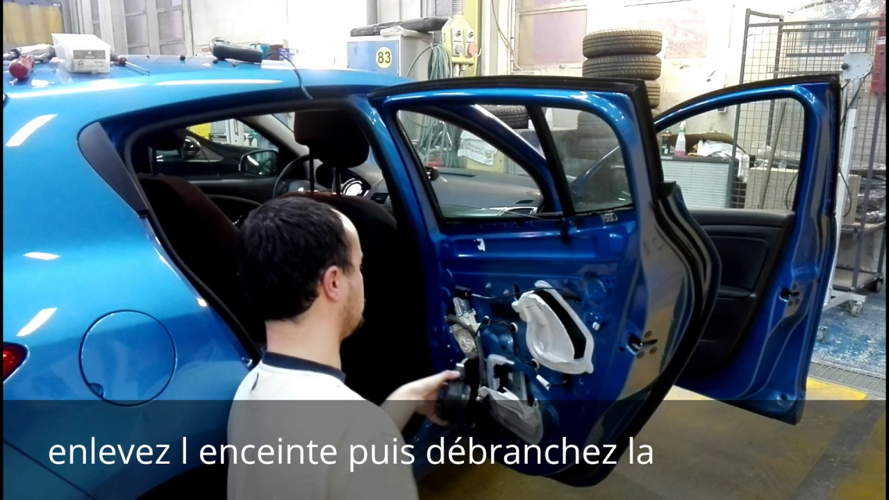 tuto d montage vitre fixe porte ar renault megane 3 disassembly rear window renault megane 3. Black Bedroom Furniture Sets. Home Design Ideas